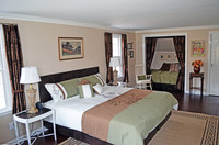 1st Orange Gild guest room