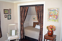 Tradional Dutch bed, built in the closet
